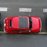 ¿Cómo estacionarse retrocediendo entre dos autos? Técnica infalible para lograrlo