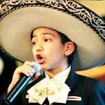 El niño mariachi que desafió a racistas al cantar himno de EE.UU. en final de la NBA
