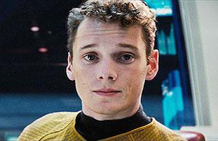 """Murió Anton Yelchin: El extraño accidente que le quitó la vida a joven actor de """"Star Trek"""""""