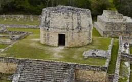 Joven de 15 años descubre ciudad secreta de los mayas usando Google Maps