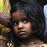 Más de 300 mil niños en India son obligados a mendigar en las calles por las mafias
