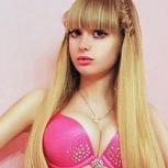 Nueva Barbie humana: fotos de Angélica Kenova, la versión más sexy de la muñeca
