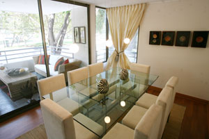 Las claves para decorar un comedor con feng shui feng shui for Como decorar mi living comedor