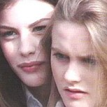 "Liv Tyler y Alicia Silverstone juntas a 22 años del inolvidable video ""Crazy"""