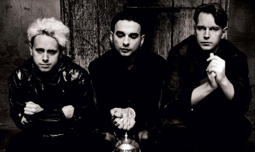 Depeche Mode en los años 90', ya convertido en trío.