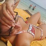 Kel Calderón recibe elogios por sus bikinis en sus vacaciones en Jamaica