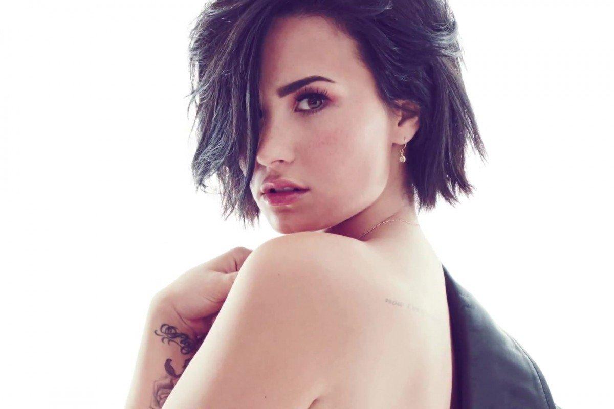 Demi Lovato: Sus fotos desnuda, sin Photoshop y sin