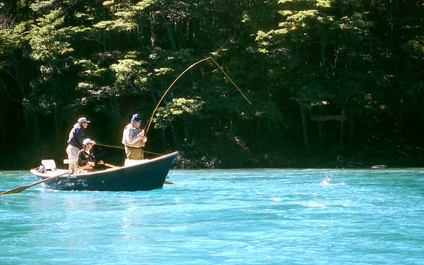 Río Baker, un destino destacado para la pesca con mosca en la Patagonia Aysén