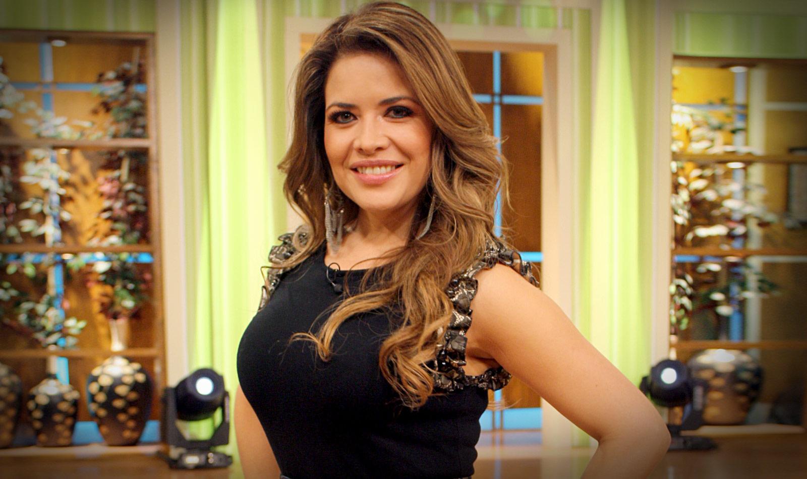Lilí Brillanti: Conductora Mexicana De TV Azteca Provoca