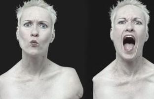 La increíble historia de Alison Lapper: Abandonada y discapacitada, triunfa como artista