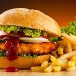 Los alarmantes daños de la comida chatarra sobre el hígado