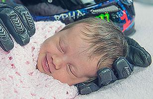La desgarradora historia tras la foto de esta bebé: No te imaginas el porqué