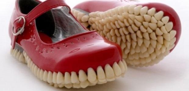 ¿quién vota para que este modelo gane el primer lugar de los zapatos más feos del mundo?