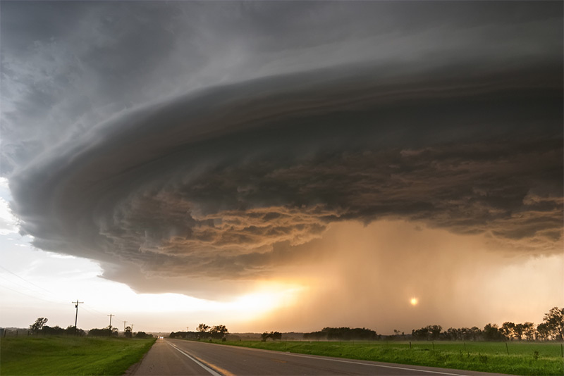 Mike  Hollingshead Tormentas