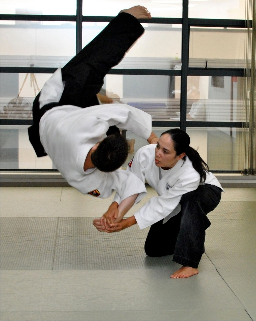 jiu_jitsu_instructors_lori