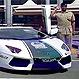 La increíble colección de autos deportivos de lujo de la policía en Dubai