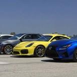10 autos deportivos en la mejor carrera en línea recta: Un video imperdible