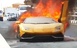 Lamborghini terminó en llamas por culpa de dueño presumido