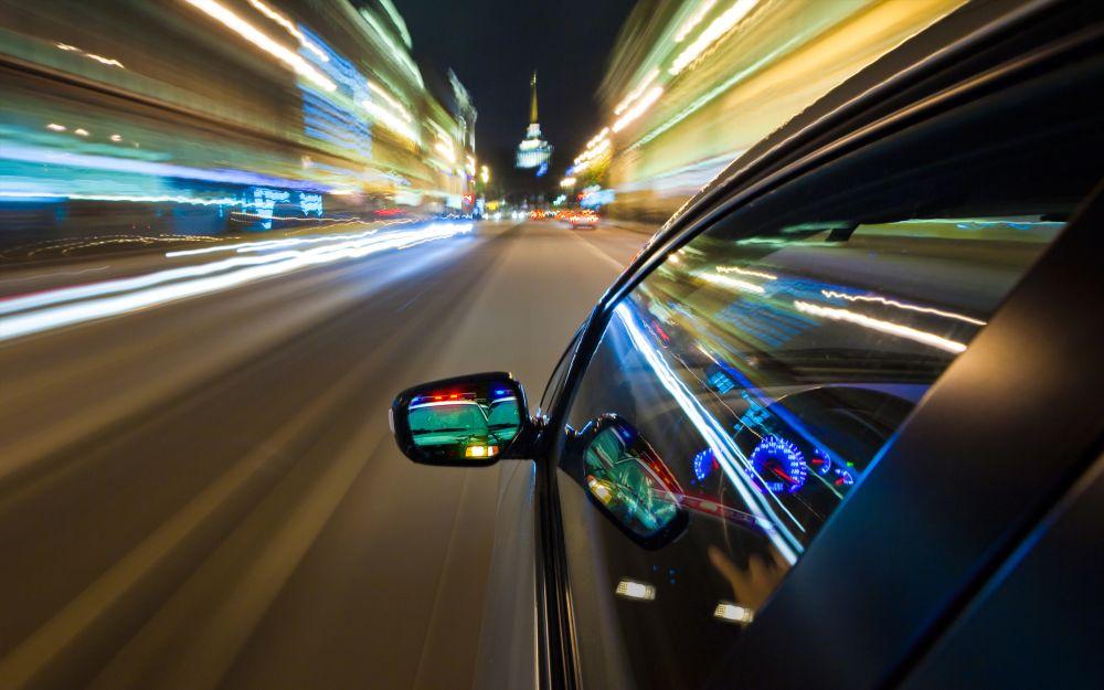 Â¿Sería útil reducir la velocidad máxima de los autos en la ciudad? Un debate abierto