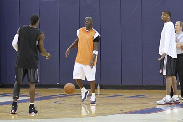 Unidad Aprovechar Aparentemente  Michael Jordan vuelve a jugar en la NBA? - Guioteca