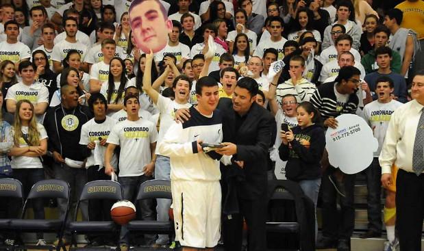 Emocionante historia de solidaridad en un partido de basquetbol