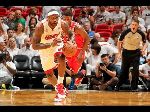 NBA: Miami vence a Chicago con una paliza