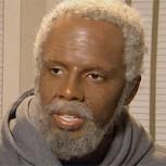 Uncle Drew: Jugador de la NBA se disfraza de abuelo y humilla a basquetbolistas callejeros