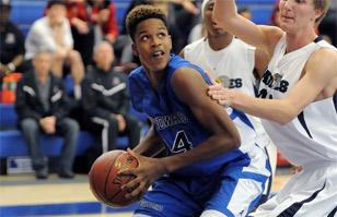 Mira al hijo de Shaquille O'Neal brillar en el basquetbol colegial
