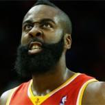 Suspenden por un año a hincha que molestó a jugador en la NBA con un láser
