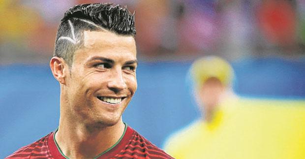 Fotos de corte de pelo de futbolistas