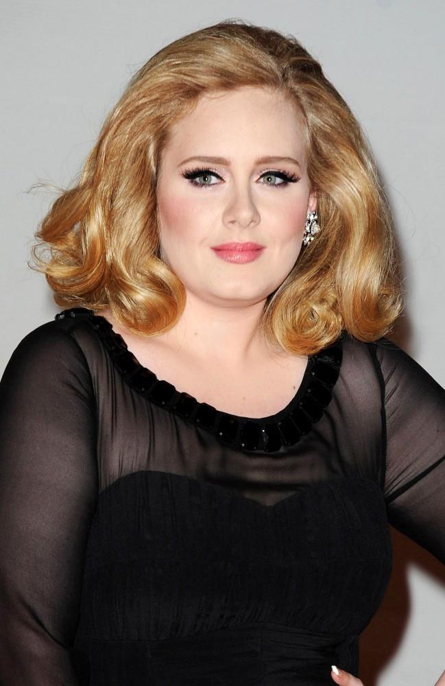 Adele Sorprende Con Nuevo Y Moderno Corte De Pelo Belleza - Cortes-de-pelo-modernos-2015