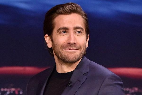 famosos de hollywood que no se bañan jake gyllenhaal