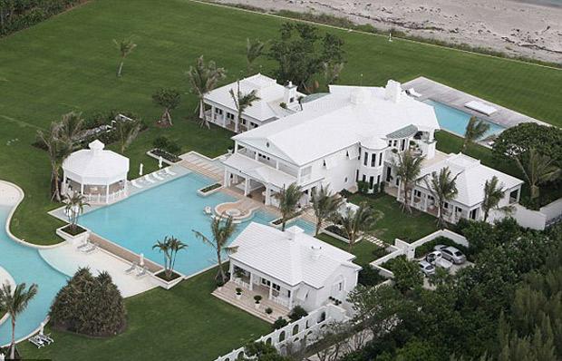 Las 10 casas m s impresionantes y lujosas de los famosos for Mar villa modelo