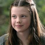10 años después: Así luce hoy la pequeña Lucy Pevensie de Las Crónicas de Narnia