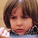 """Así luce hoy el niño de """"El resplandor"""": Cambió tanto que no lo vas a reconocer"""