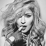 Grave escándalo de Madonna: Dejó a fan menor de edad en topless en el escenario