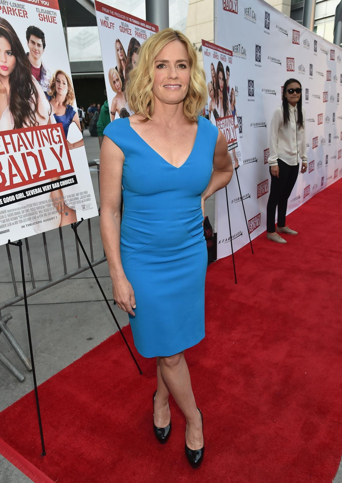 elisabeth-shue-at-behaving-badly-premiere-in-los-angeles_1