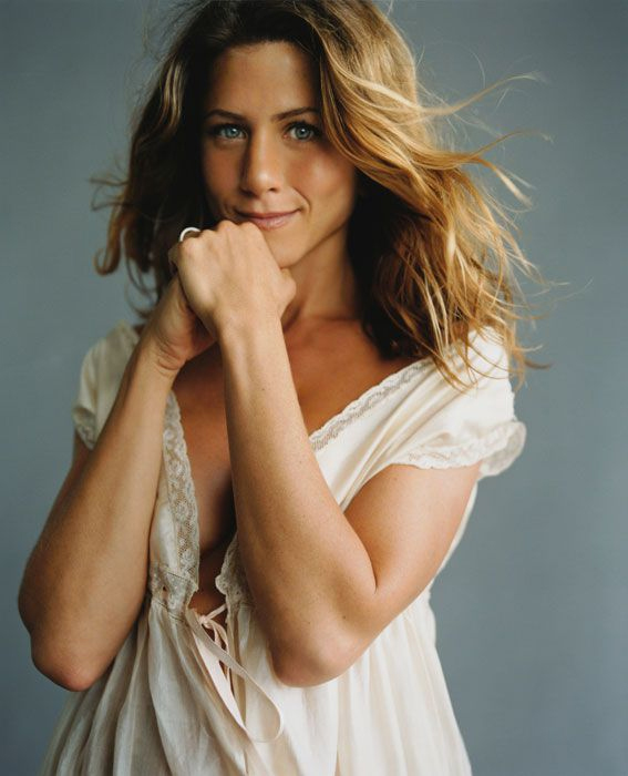 50-jennifer-aniston-15