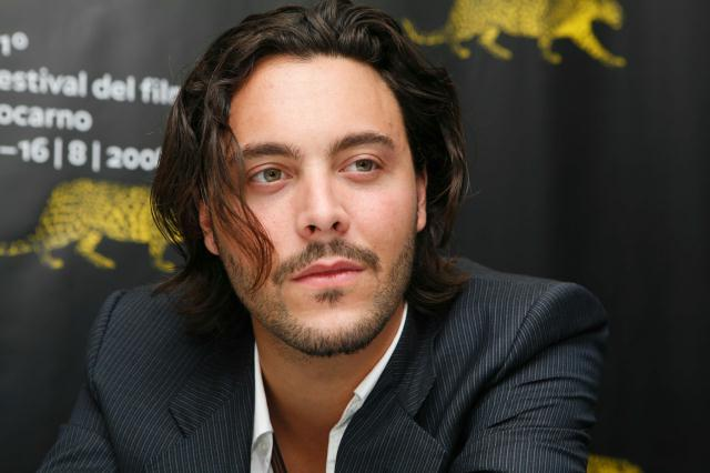 jack-huston-james-bond