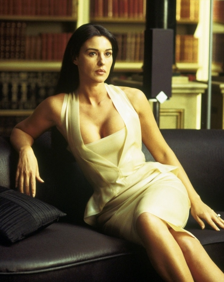 monica-bellucci-matrix-2