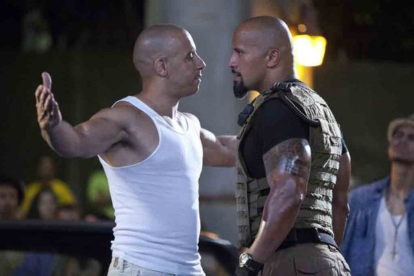 The-Rock-Vin-Diesel-pelea