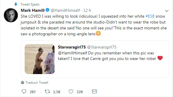mark-hamill usando bata de carrie fisher twitter