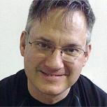 Norm Breyfogle: Dibujante de Batman sufre infarto cerebral y una campaña busca ayudarlo