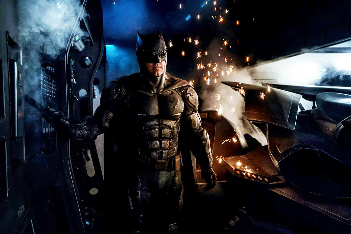 batman-tactical-suit-brightened-199827