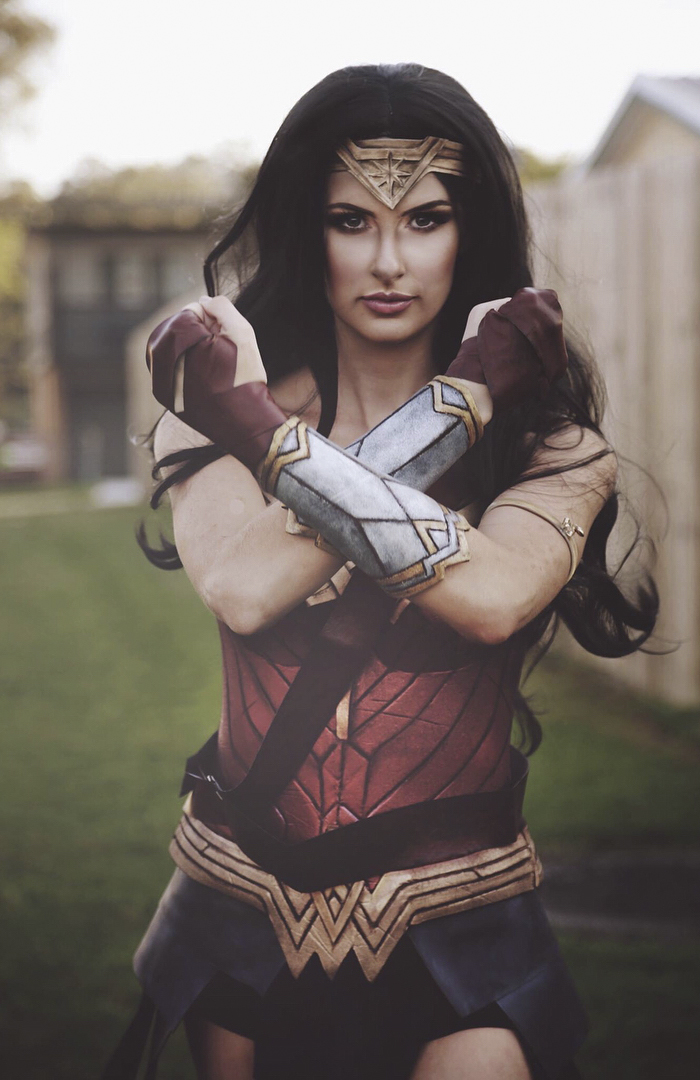 wonder-woman-costume-rhylee-passfield-rermakeup-4-5a16d8534c7e3__700