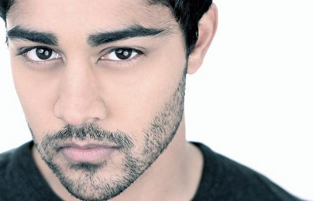 Manish Dayal El Sexie Actor Indio Descubierto Por Steven -4000