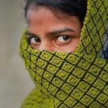 Fotógrafa india reúne crudas historias de víctimas de violaciones: Impactantes testimonios