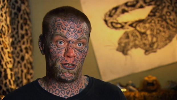 El Extraño Caso De Larry El Hombre Leopardo Que Tatuó Todo Su