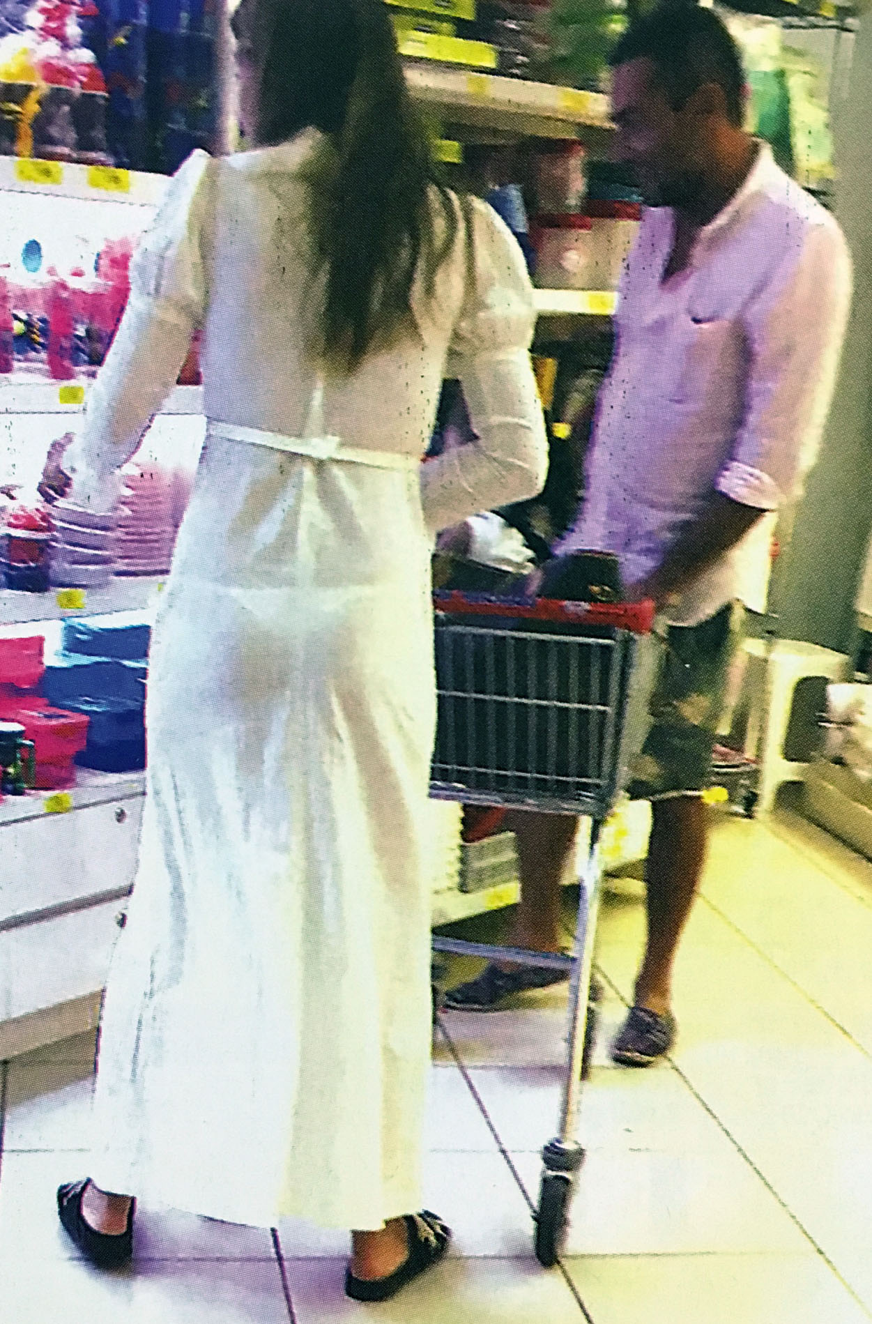 El osado look de la china su rez para ir al supermercado Ver ultimas noticias del espectaculo argentino