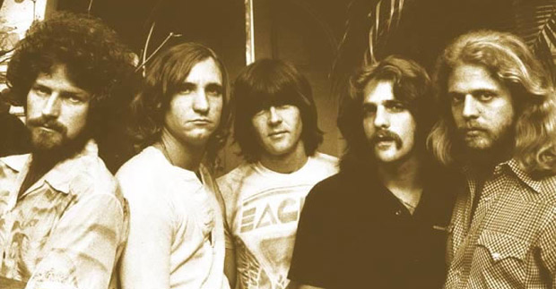 eagles-hotel-california-2